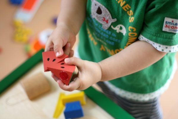 乳児期のケアと教育 イメージ