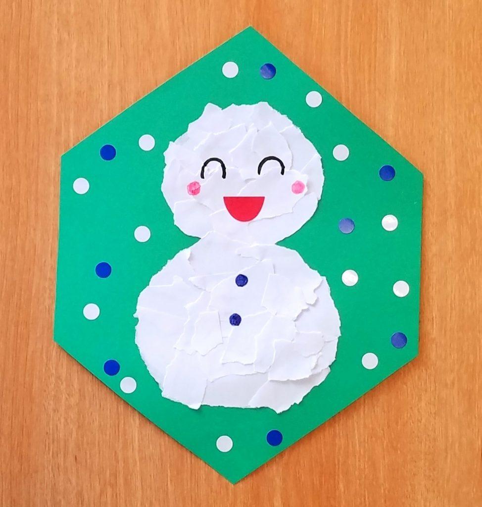 貼り絵で作る雪だるま