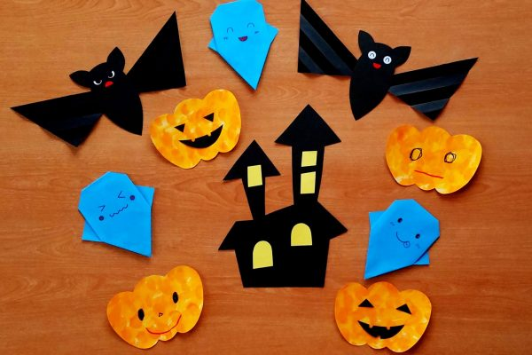 保育園 10月製作 ハロウィン! 簡単折り紙おばけ・コウモリ・かぼちゃ・お城の作り方 イメージ